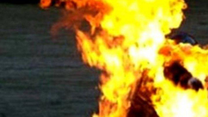 Мать была вся в ожогах, а рядом лежала бутылка с керосином: трагедия в одной из семей в Хынчештском районе