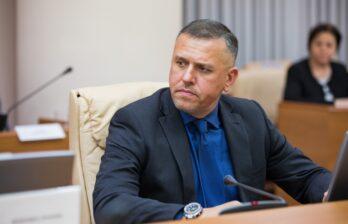 Александр Пынзарь был задержан после обысков в его доме