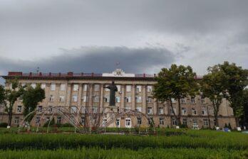 Штормовое предупреждение: на Молдову надвигаются грозы и град