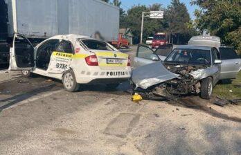 Патрульный попал в больницу после аварии в Бричанском районе